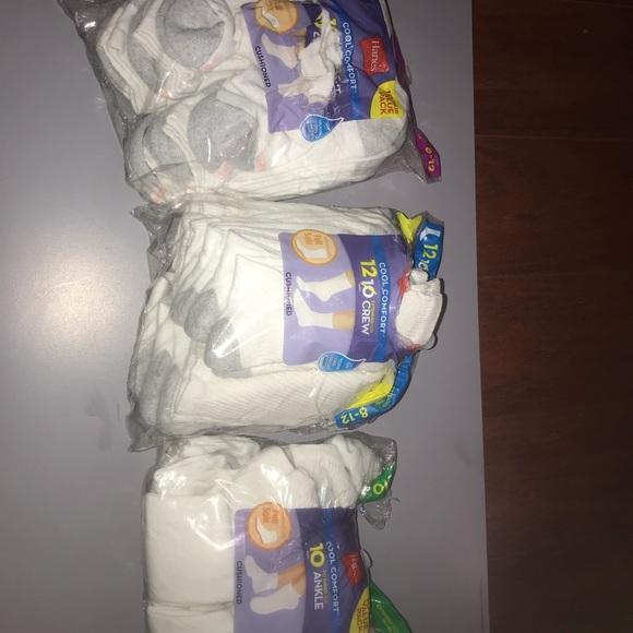 Hanes Accessories - Women cool comfort white socks  x 30 pairs